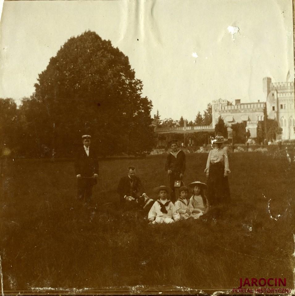 Park i pałac w Jarocinie