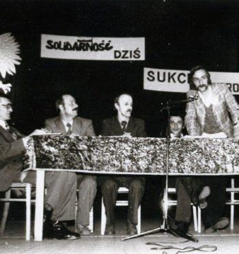 """Tomasz Cieślak, """"Dekada lat 80. na terenie ziemi jarocińskiej"""""""