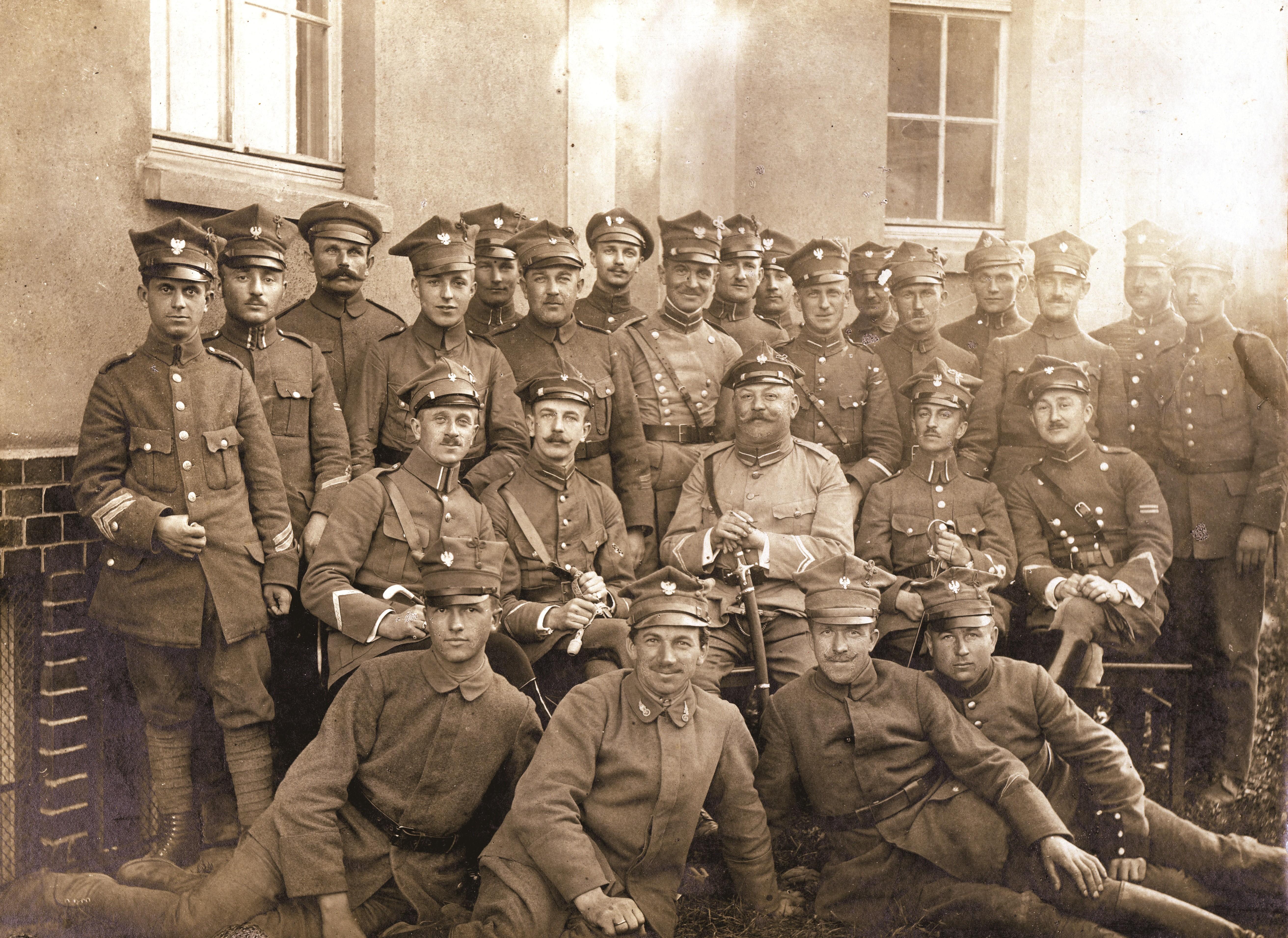 Mjr Z. Ostroróg-Gorzeński wśród towarzyszy broni