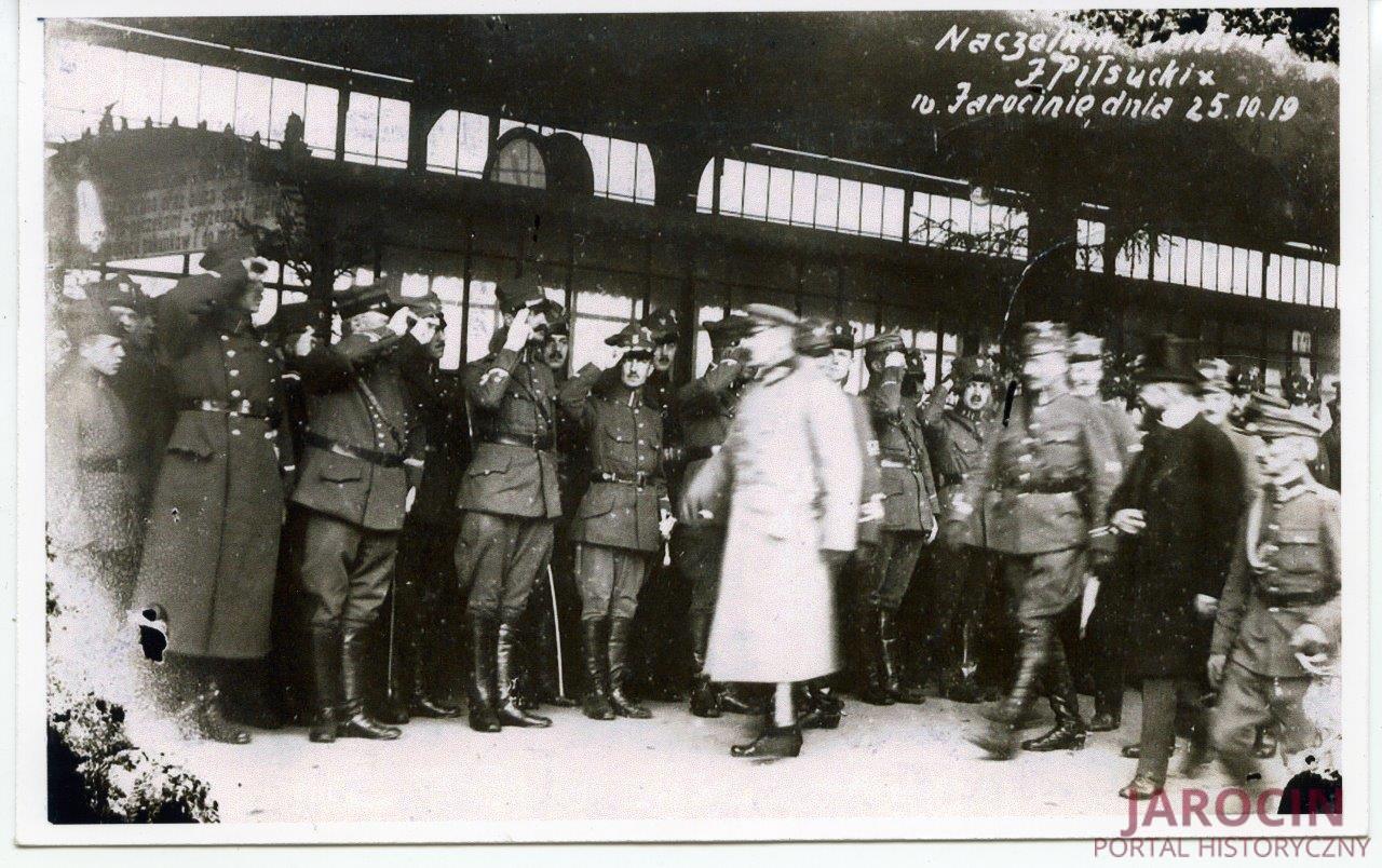 Naczelnik Państwa J. Piłsudski w Jarocinie