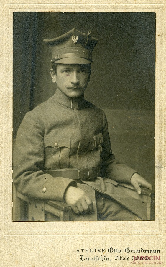 Jan Dymny odznaczony Medalem Niepodległości