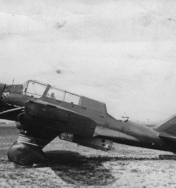 """Tomasz Cieślak, """"Karaś"""" – pechowa legenda polskiego lotnictwa bombowego"""